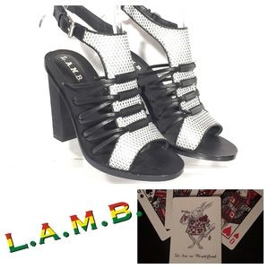 LAMB Bedford Caged Perforated Leather Heels Sz 8